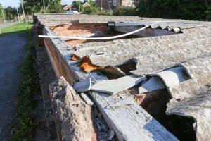 broken asbestos roof 300x200 1