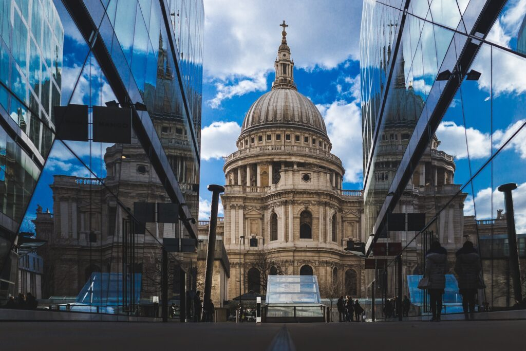 st pauls cathedral 768778 1920