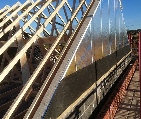 Read more about the article How to tell the difference between timber frame and cavity wall construction in modern houses?
